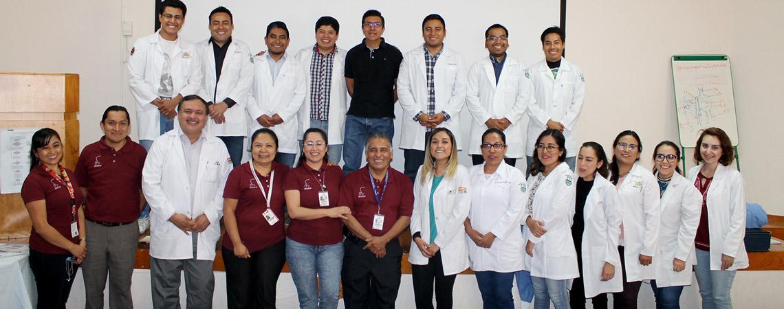 MEDICOS RESIDENTES DEL (H.G.D.A.V.) ACTUALIZAN SUS  CONOCIMIENTOS EN TECNICAS DE REANIMACIÓN NEONATAL